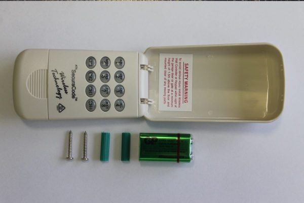 61905 – ATA Keypad KPX-5 Securacode with batteries and screws