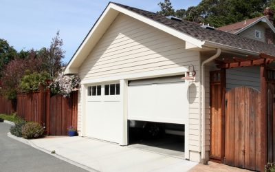 The Benefits of a Custom-Made, Specialty Garage Door